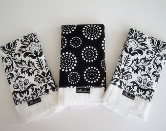 Classic Black and White Baby Burp Cloth Set (3)