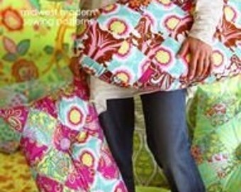 Amy Butler Oval Patchy Pillow Sewing Pattern, FREE SHIPPING