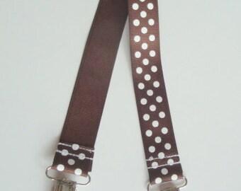 Chocolate Dot Baby Bib Stroller Nursing Clip