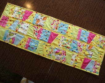 Floralicious table runner -CLEARANCE @ 75% OFF