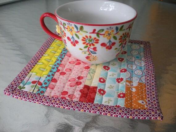 Scrappy Patchwork Mug Snack Rug Mini Quilt
