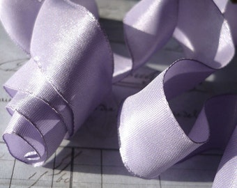 "5 Yards of Rayon Taffeta Wired Ribbon in Lilac  (1"")"