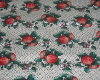 SALE vintage 80s  novelty print fabric, featuring great apples motif, 1 yard, 17 inches