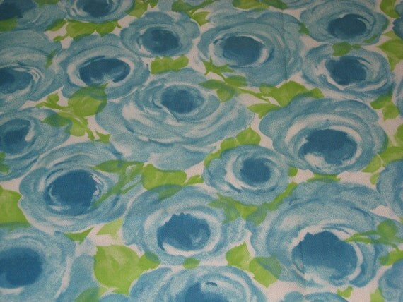 vintage 60s novelty fabric featuring cute cabbage rose motif, 1 yard