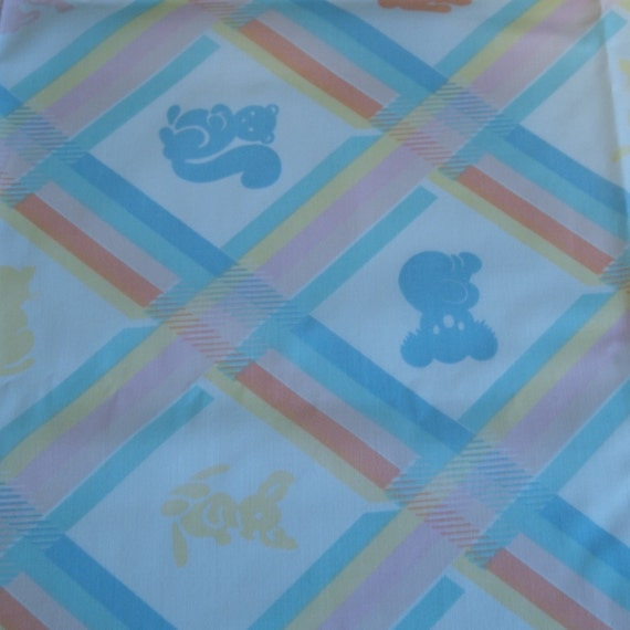 Vintage 80s cotton print fabric featuring super cute baby for Cute baby fabric prints