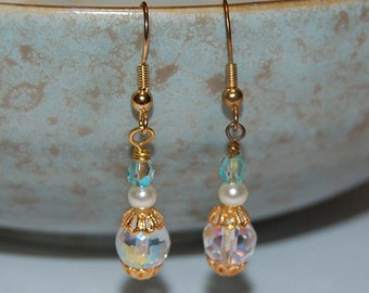 Crystal and Pearl Beaded Earring