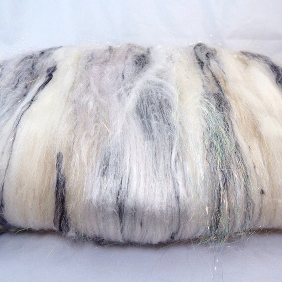 Semi Textured Drum Carded Batt for Spinning and Felting- Snowy Owl