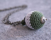 "Necklace with crochet bead ""Valley"""