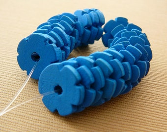 Vintage .. Wood Beads, Flower Spacer, Turquoise Blue beading supplies jewelry supply