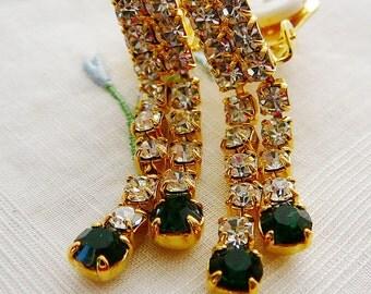 Vintage .. Rhinestone Earrings, Czech, Dangle, Emerald Green, Clear, clip on, vintage bride, wedding