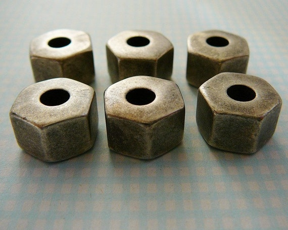 Vintage .. 13mm Charcoal Gray Hexagon Bead