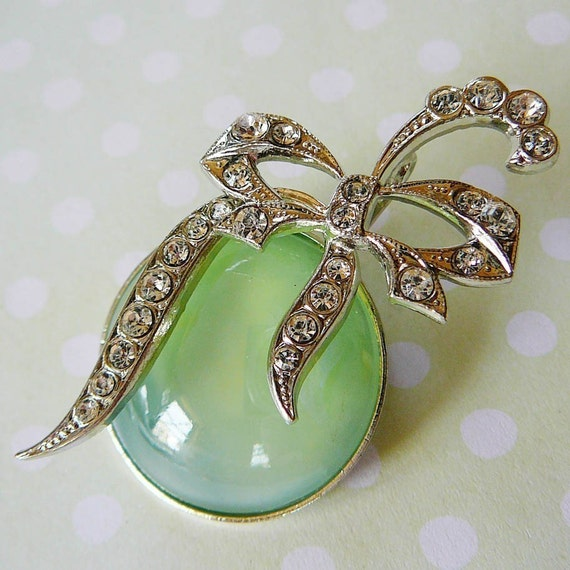 Vintage .. Brooch Silvertone Sea Green and Czech Rhinestone Bow