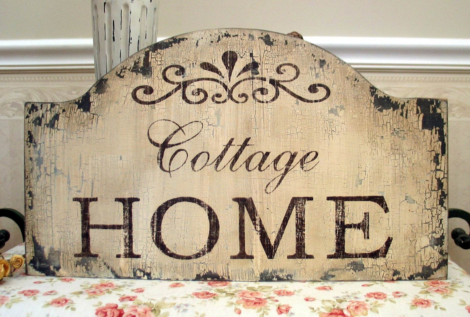 28 best shabby chic signs for the home love grows best in little houses sign primitive Cottage home decor pinterest