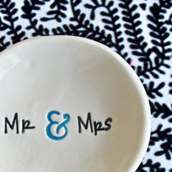 Mr and Mrs Ring Bowl - Ceramic Wedding Ring Dish