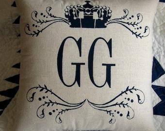 GG pillow