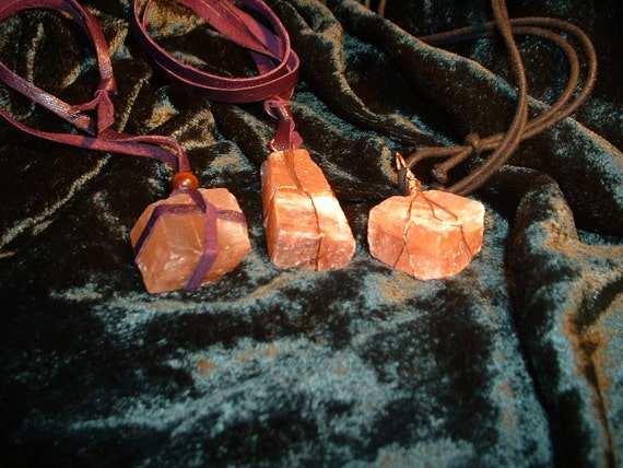 Witches Traditional Crystal Healing Warts Away Amulet