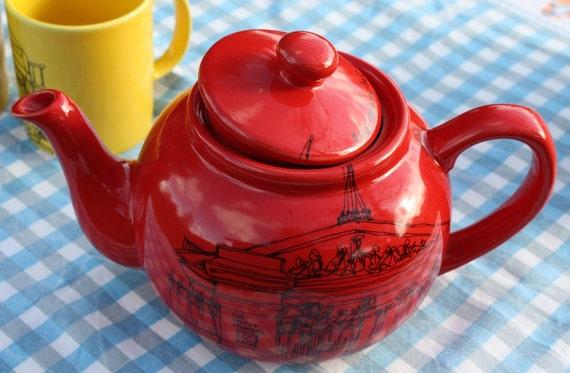 London Tea Pot