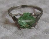 Vintage PERIDOT STERLING Ring 1970s