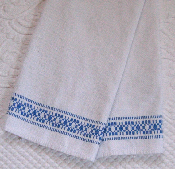 Vintage LINEN HAND TOWEL with blue border 1920s