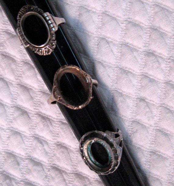 Vintage Lot of Three BROKEN STERLING RINGS1940-60s