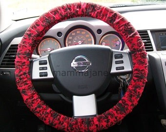 Red and Black Damask Steering Wheel Cover