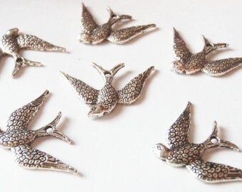 10 Bird Charms 17x16mm ITEM:AB20