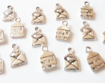 """15 """"Made with Love"""" Letter Charms 10x6mm ITEM:Y20"""