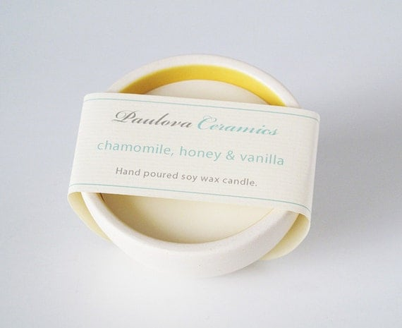 chamomile, honey & vanilla candle.