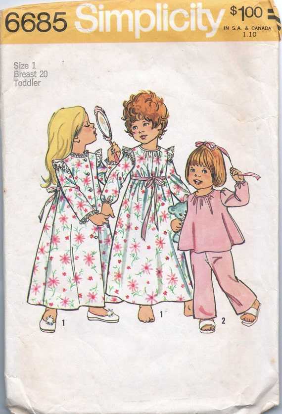 1970s vintage pattern Simplicity 6685 size 1 breast 20 waist 19 1/2 Toddlers robe nightgown and pajamas