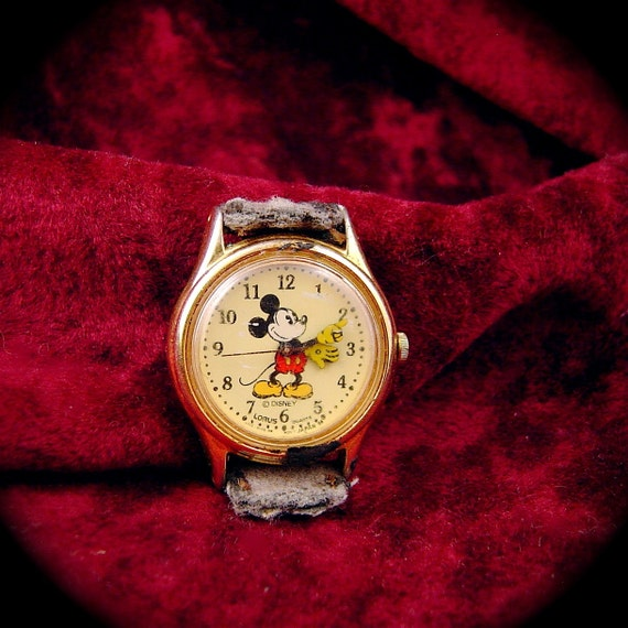 Lorus Mickey Mouse Watch With Japanese Movement No Band