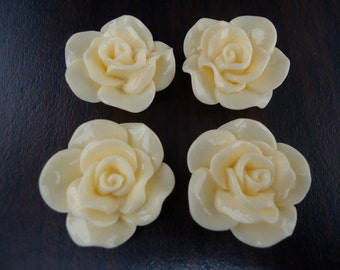 28mm Cream Resin Flower Cabochons (4x)