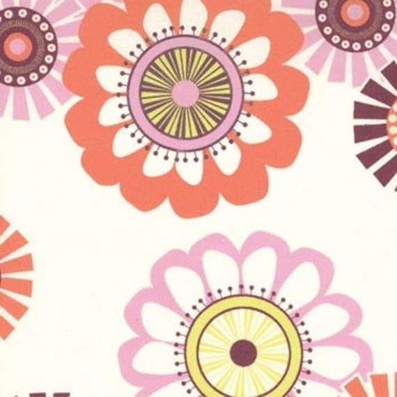 LAST FAT QUARTER Sugar Pop by Liz Scott for Moda, Mod Flowers in Cream Pink 1 Fat Quarter