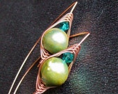 Herringbone Weave Earrings - Coated Copper Wire - Freshwater Pearl - Swarovski Crystal