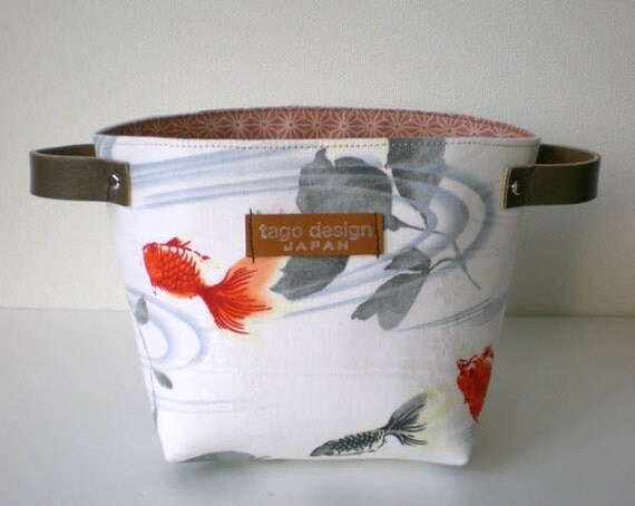 Fabric basket with leather handles - Goldfish in white