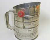 Vintage Bromwell's Measuring Sifter 3 cups