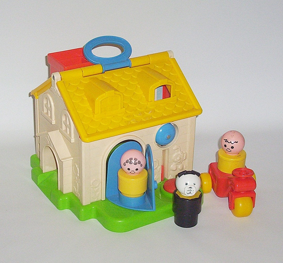 Vintage Fisher Price Discovery Cottage Little People