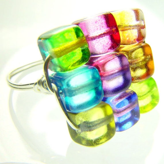 RAINBOW KUBIX - 8.5 - Artistic Wire Ring with Multicolored glass Cube beads 8.5