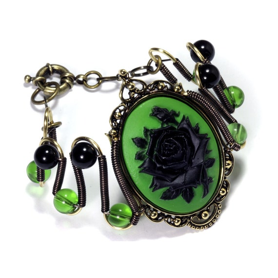 Steamgoth Bracelet - Green and Black Rose Cameo