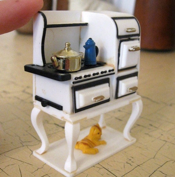 Retro Fridge Magnet Antique Stove by Acme