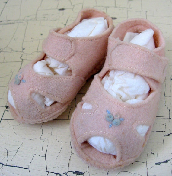 Pink Felt Baby Shoes