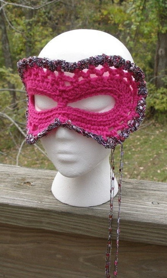 Immediate Download - PDF Crochet Pattern - Party Halloween Carnival Mask