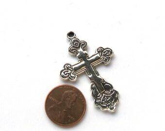 Antiqued SIlver Metal 45mm x 30mm Cross Pendant, 1015-06