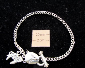 Animal Lovers Silver Metal Chain Bracelet with Panther Toggle Clasp and Charm is ready for  Dangles or Charms,  A082