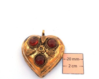Antiqued Gold Metal 50mm x 40mm Heart Pendant with Red Stone Cabochons, 1034-15