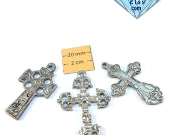 Antiqued SIlver Metal Assorted Cross Pendants, Set of 3, 1004-13