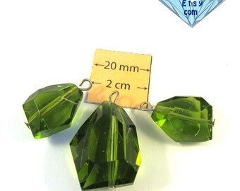 Green Faceted glass, 25mm x 25mm and 20mm x 10 mm, Pendant and Two Charms set, 3 pc, 1064-06