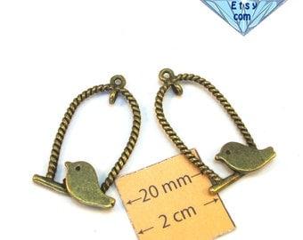 Antiqued brass Metal 30mm x 20mm Sitting BIRD Pendant, Set of 2, 1066-17