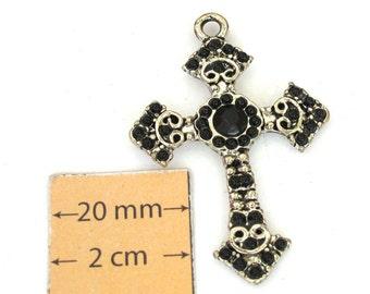 SIlver Metal 45mm x 30mm Cross Pendant, 1013-22