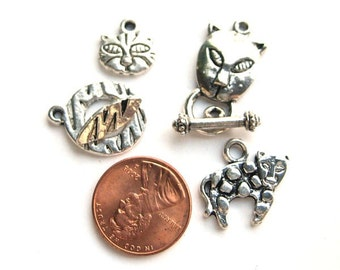 Antiqued Silver Animal Lovers Toggle Clasps with Charms, Set of 2, 1008-23