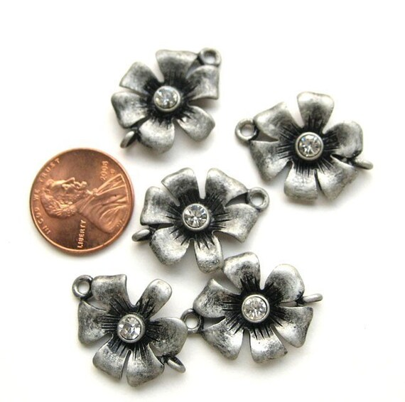 Antiqued Silver 20mm Flower Connectors with a crystal, Set of 5, 1027-02